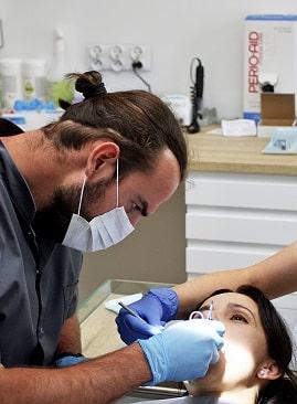 Chirugia stomatologiczma - zabieg w gabinecie Stargard